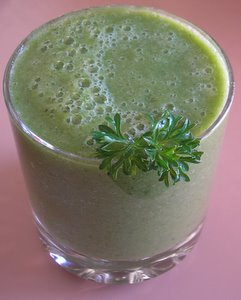 healthy breakfast green smoothie