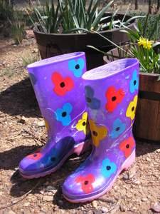 garden activities for kids gumboots