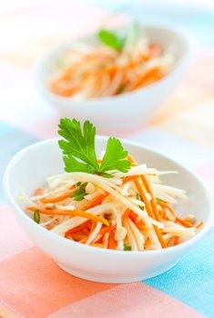 kohlrabi and carrot salad